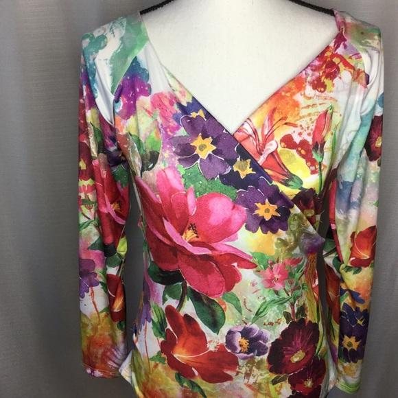 boho chic Tops - BOHO CHIC Multicolored Boho Floral V-Neck LS Top M